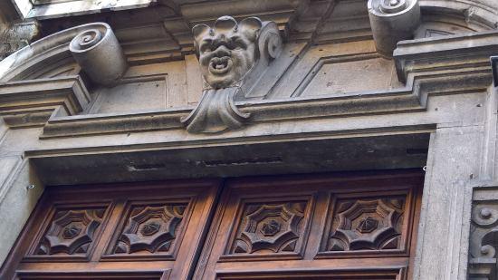 Dettagli dell'edificio che ospita il museo MRSN (3)
