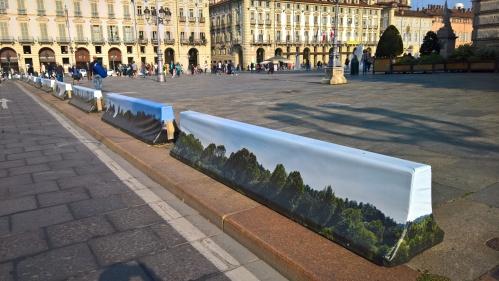 Barriere di cemento di p.zza Castello, Torino